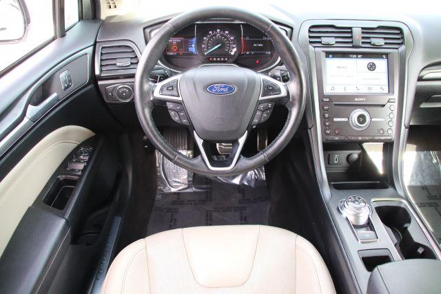 2017 Ford FUSION Sedan Titanium