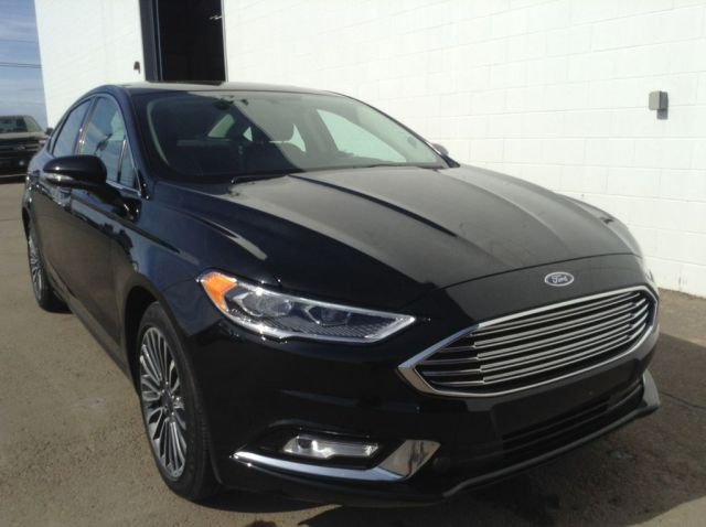 2017 Ford Fusion 4 Door Car