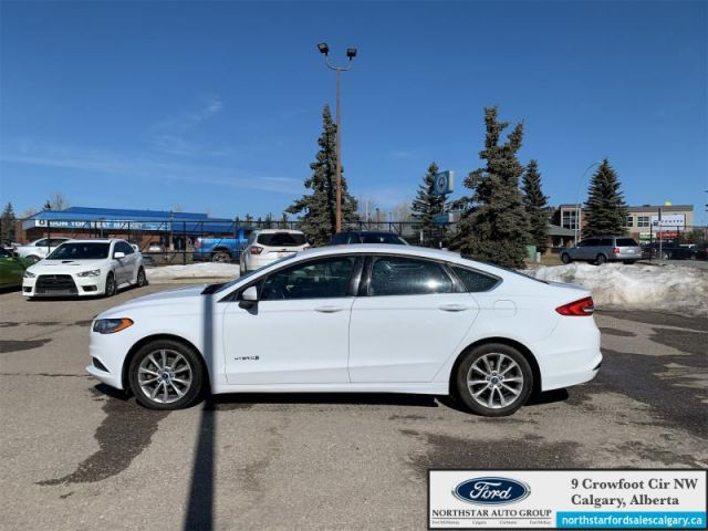 2017 Ford Fusion S Hybrid  |MONTH END SPECIAL|HYRBID| CLOTH| REARVIEW CAMERA|