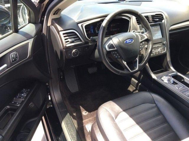 2017 Ford Fusion Energi SE FWD