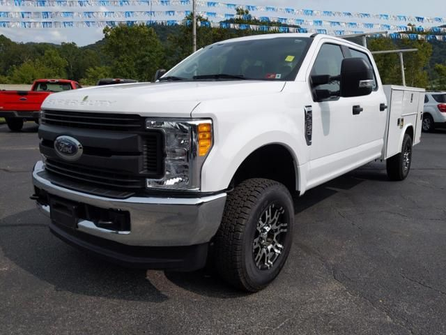 2017 Ford Super Duty F-250 SRW XL 4WD Crew Cab 8 Box