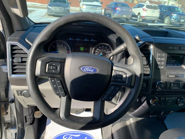 2017 Ford Super Duty F-250 SRW XLT Crew Cab XLT 4X4 6.5 foot box