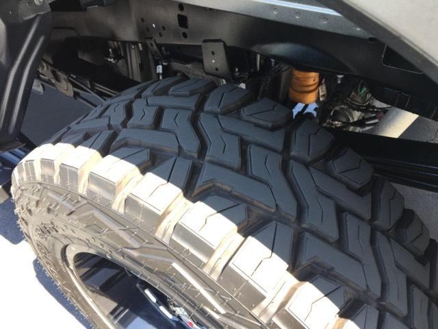 2017 Ford Super Duty F-250 SRW Lariat 4WD Crew Cab 6.75 Box