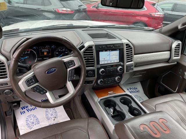 2017 Ford Super Duty F-250 SRW King Ranch 4WD Crew Cab 6.75 Box