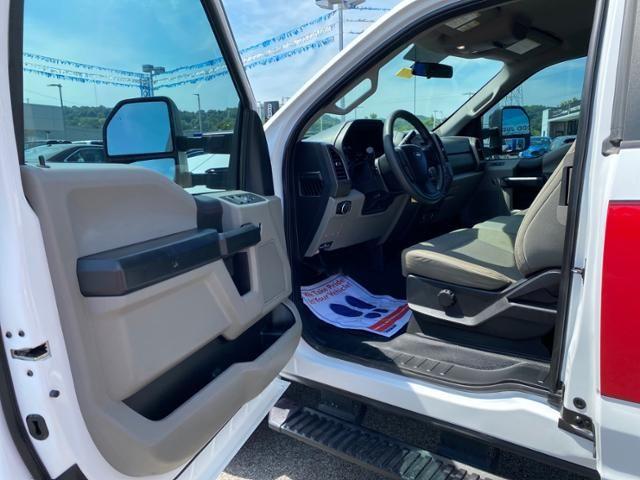 2017 Ford Super Duty F-250 SRW XL 4WD SuperCab 8 Box