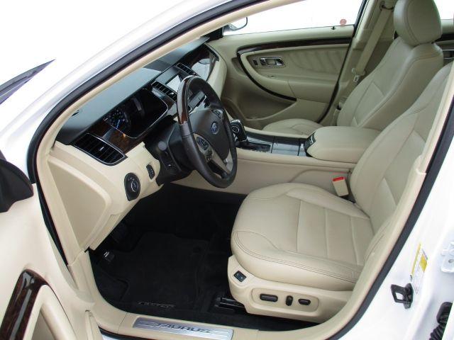 2017 Ford Taurus Sedan Limited AWD