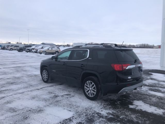 2017 GMC Acadia SLE  $109 / Week