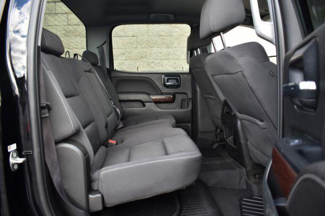 2017 GMC Sierra 1500 SLE  Elevation Pkg, Nav, Heated Seats, Power Seat!