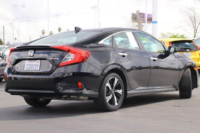 2017 Honda Civic Touring Sedan