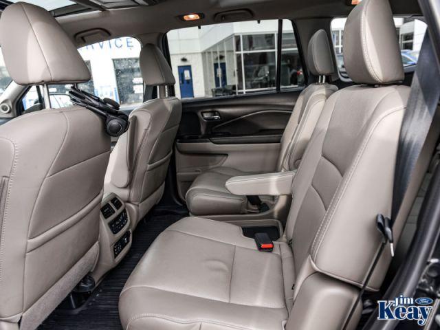2017 Honda Pilot Touring  - Sunroof -  Navigation