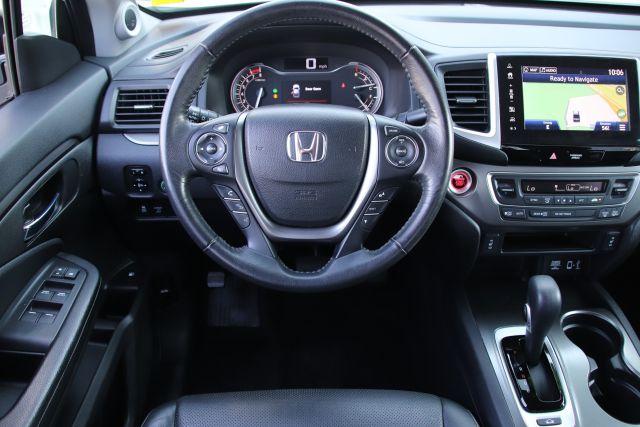 2017 Honda Ridgeline RTL-T Crew Cab