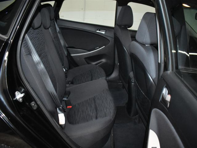 2017 Hyundai Accent SE * HEATED SEATS * SUNROOF *