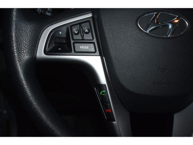 2017 Hyundai Accent SE- SUNROOF * SAT RADIO * HEATED SEATS