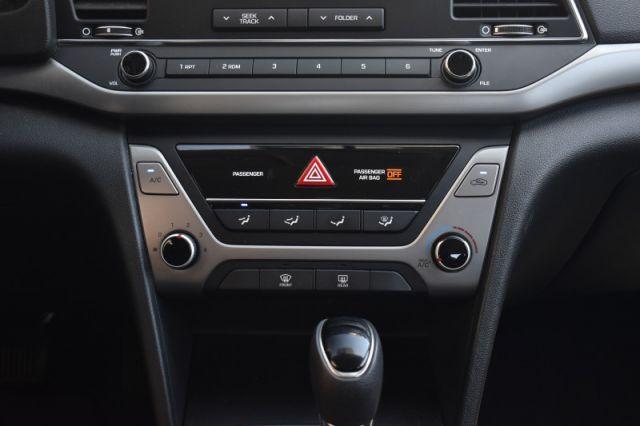 2017 Hyundai Elantra LE  - Bluetooth -  Heated Seats
