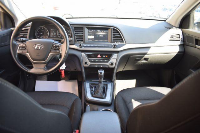 2017 Hyundai Elantra GL    BLIND SPOT MONITORING  