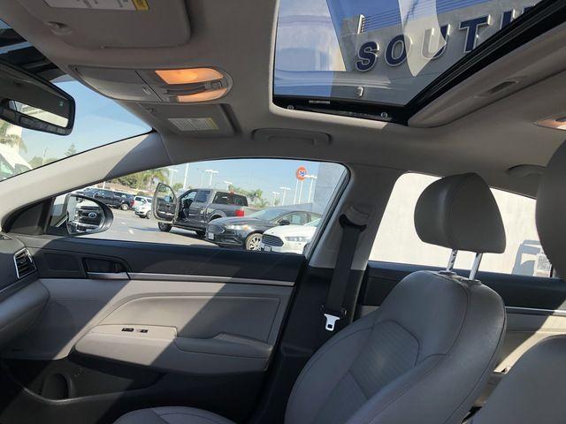 2017 Hyundai Elantra Limited 2.0L Auto