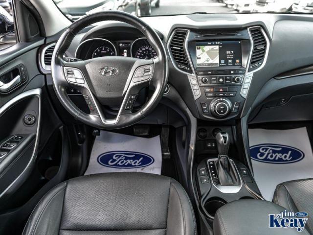 2017 Hyundai Santa Fe XL Limited  - Navigation