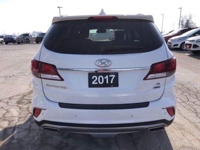 2017 Hyundai Santa Fe XL Luxury with 7 seats  - $170 B/W