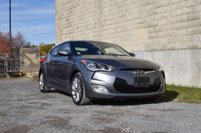 2017 Hyundai Veloster Base  | HEATED SEATS | PUSH START