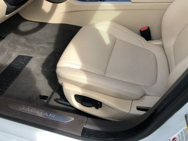 2017 Jaguar XF 35t Premium RWD