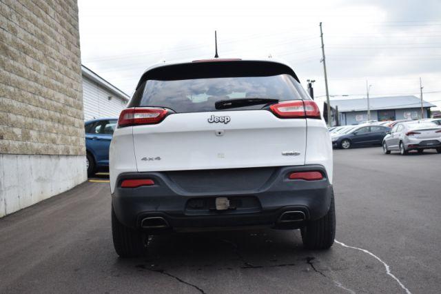 2017 Jeep Cherokee North  - Bluetooth -  Fog Lamps