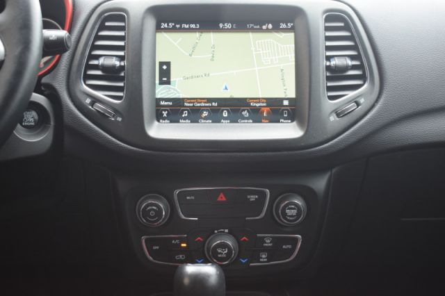 2017 Jeep Compass Trailhawk  | 4X4 | LEATHER | HEATED SEATS |
