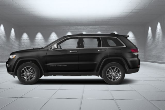 2017 Jeep Grand Cherokee Limited  Leather, 4WD, Back Up Cam, Roof!