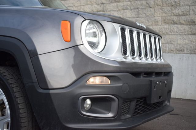 2017 Jeep Renegade Limited  - Leather Seats -  Bluetooth
