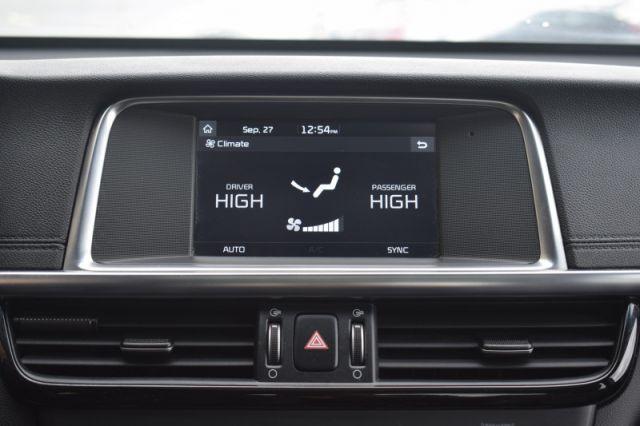 2017 Kia Optima EX Tech    MOONROOF   LEATHER   APPLE CARPLAY  