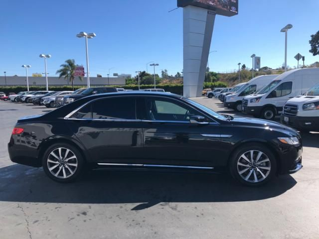 2017 Lincoln Continental Premiere FWD