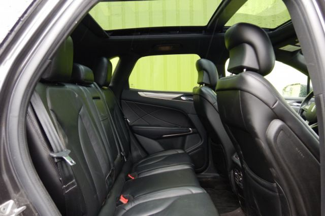 2017 Lincoln MKC Select    MOONROOF   LEATHER  