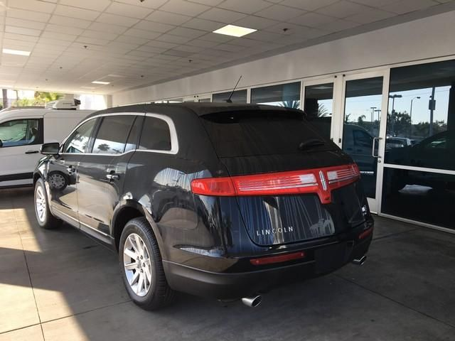 2017 Lincoln MKT 3.7L AWD w/Livery Pkg