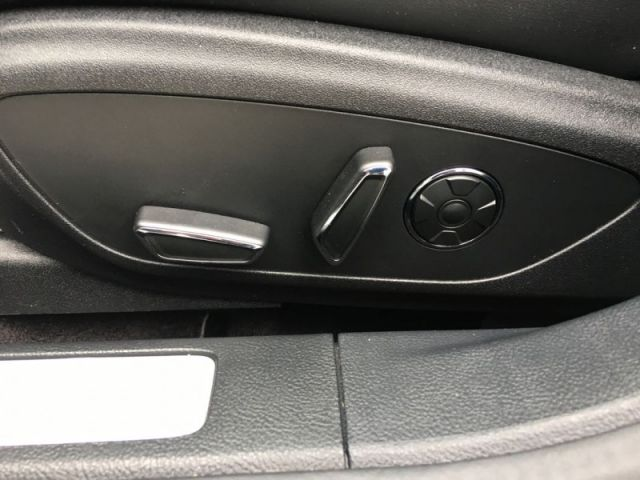2017 Lincoln MKZ Reserve   - Navigation -  Cooled Seats - $249 B/W
