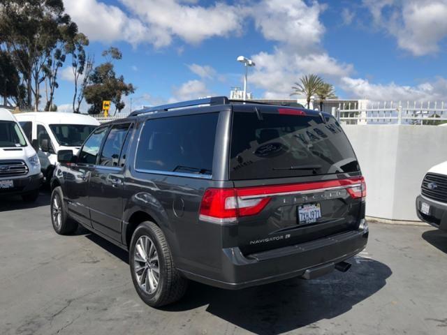 2017 Lincoln Navigator L 4x2 Select