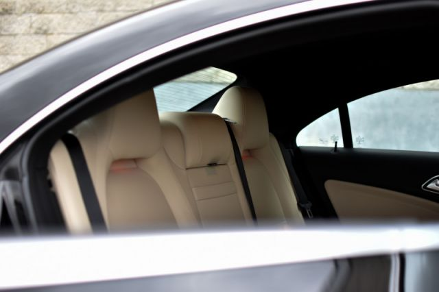 2017 Mercedes Benz CLA 250 4MATIC  BEIGE LEATHER | DUAL CLIMATE | AMBIENT LIGHTING | HE