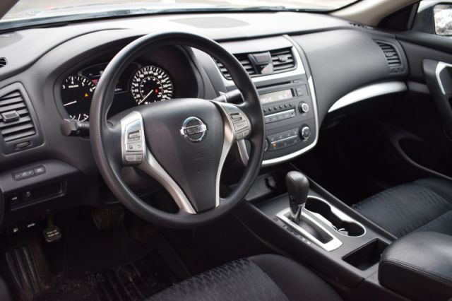 2017 Nissan Altima 2.5 S    PUSH START   CRUISE CONTROL
