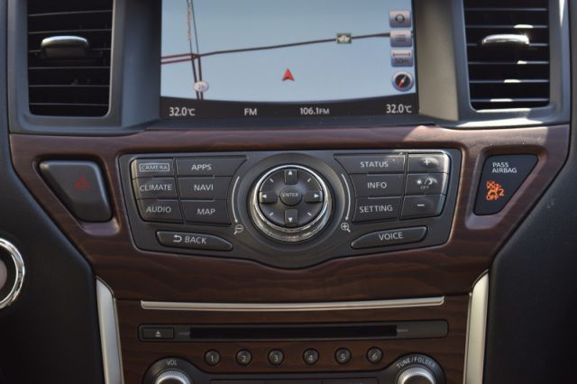 2017 Nissan Pathfinder Platinum  | 4WD | LEATHER |