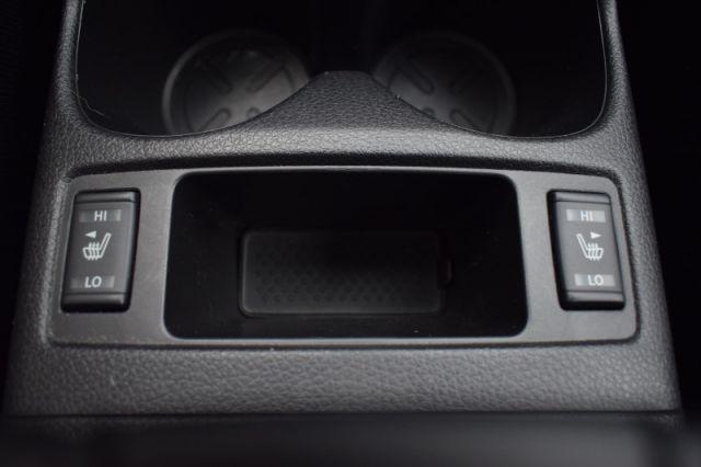2017 Nissan Qashqai SL  | SUNROOF | HEATED SEATS | NAV |