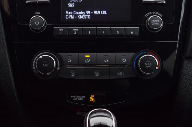 2017 Nissan Rogue SV  AWD   HEATED SEATS   PUSH START   CRUISE CONTROL