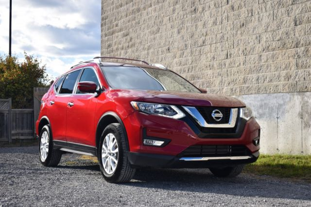 2017 Nissan Rogue SV  AWD | REVERSE CAM | ROOF RACKS | PUSH START | CRUISE CONTROL
