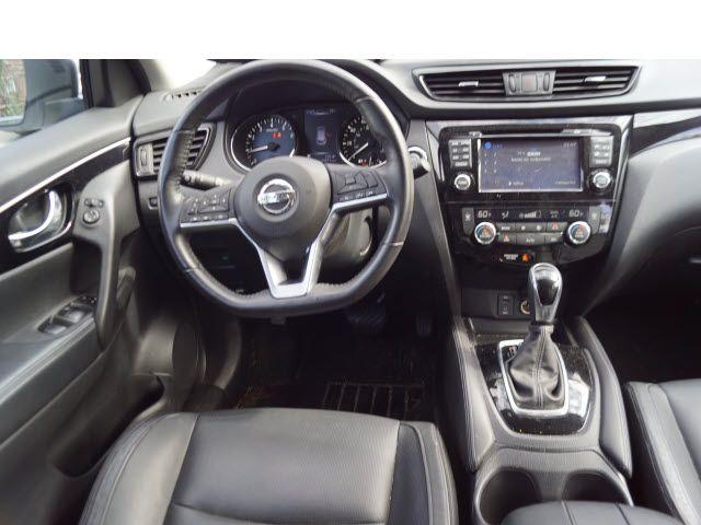 2017 Nissan Rogue Sport SL