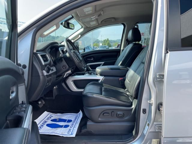 2017 Nissan Titan 4x4 Crew Cab PRO-4X