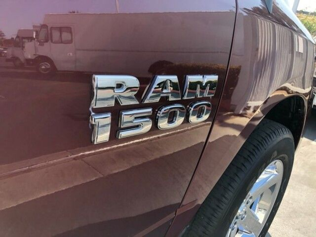 2017 Ram 1500 Express 4x2 Regular Cab 64 Box
