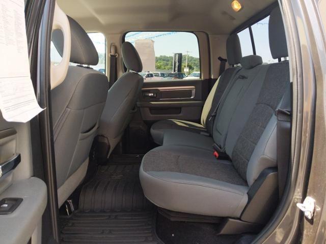 2017 Ram 1500 Big Horn 4x4 Crew Cab 57 Box