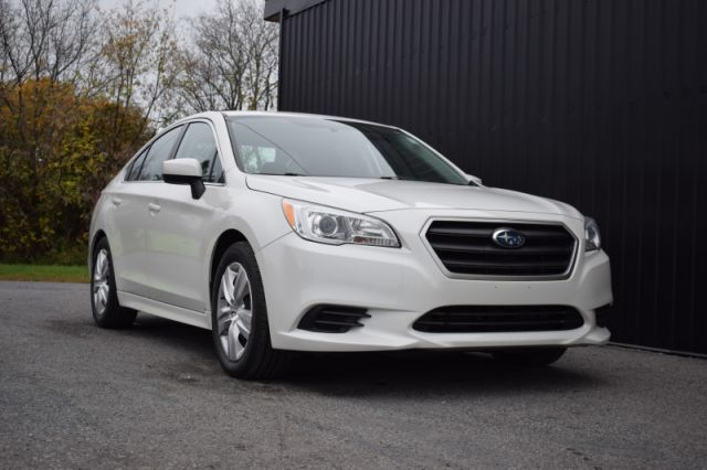 2017 Subaru Legacy 2.5i with PZEV Option  AWD | BLUETOOTH | HEATED SEATS | REVERSE