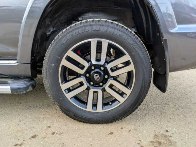 2017 Toyota 4Runner Limited 5-Passenger  |2 YEARS / 40,000KMS EXTENDED POWERTRAIN WA