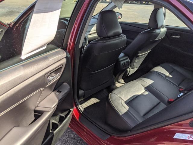 2017 Toyota Camry XLE Auto