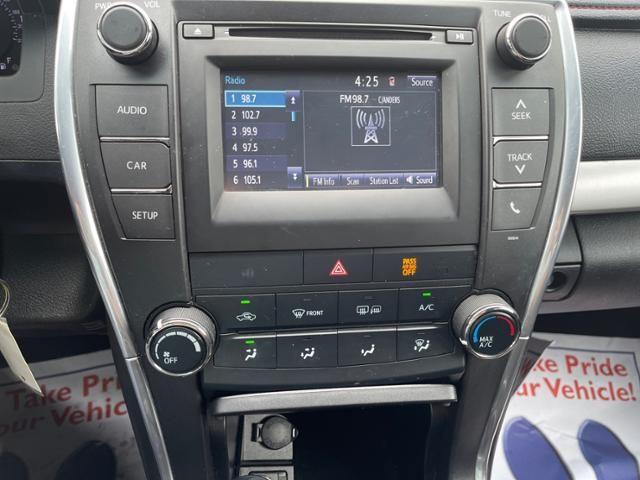 2017 Toyota Camry SE Auto