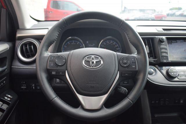 2017 Toyota RAV4 AWD Limited  - Navigation -  Sunroof