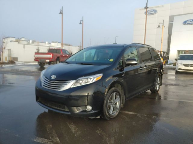 2017 Toyota Sienna XLE AWD 7-Passenger  |AWD|LEATHER|ROOF|NAVI|2 SETS RIMS/TIRES -